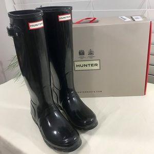 Hunter Black Boots Size 7